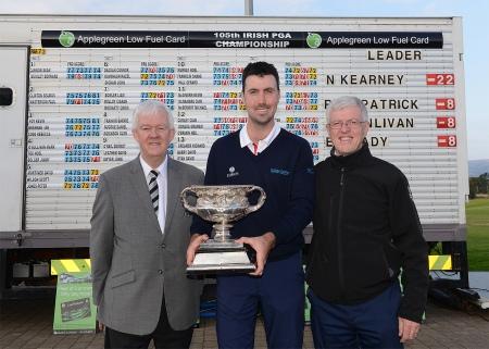 Niall Kearney, 2015 Irish PGA Champion with Michael McCumiskey (PGA in Ireland General Secretary) and Paul Pardy, Applegreen
